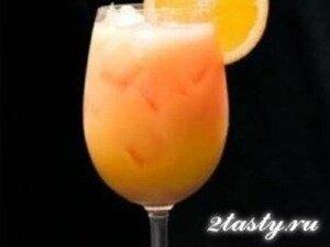 Фото: Апельсиновый крюшон с шампанским