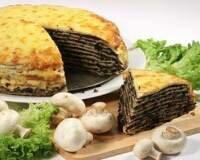 Фото: Блинный торт с куриными потрошками (сердечками и желудочками)