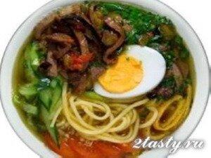 Фото: Горячий суп кукси по-корейски