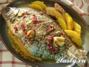 Рецепт Лещ фаршированный рисом и айвой (фото)