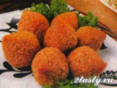 Рецепт Мясные шарики начиненные сыром и ветчиной (фото)