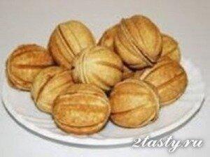 Фото: Печенье орешки со сгущенкой