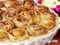 Фото Пирог с розами из яблок