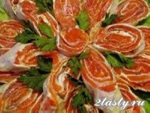 Рецепт Рулетики из лаваша с красной рыбой (фото)