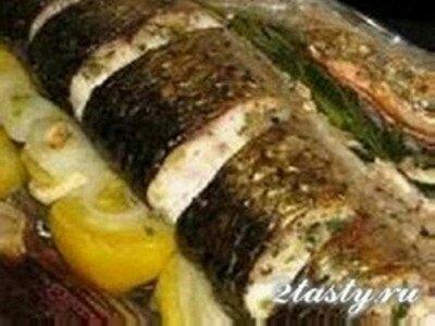 Фото: Рыба запеченная в рукаве в духовке