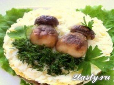 Рецепт Салат из картошки с грибами «Боровички» (фото)
