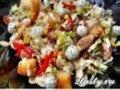 Салат из курицы с сыром и крутонами «Ревнивец»