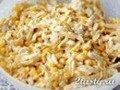 Яичный салат с курицей и кукурузой