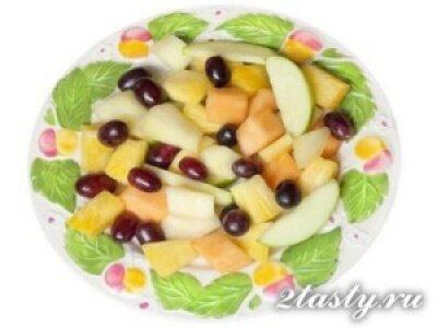Рецепт Салат из яблок или груш (фото)