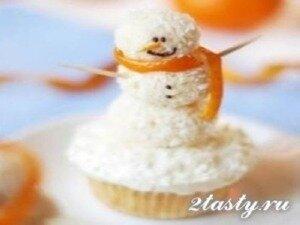 Фото: Ванильные капкейки снеговики