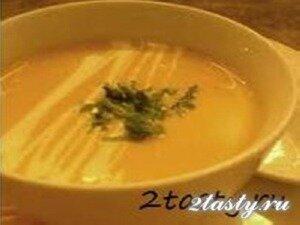 Фото: Суп-пюре из лука и картофеля