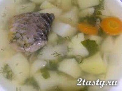 Рецепт Уха из хека с расстегаями (фото)