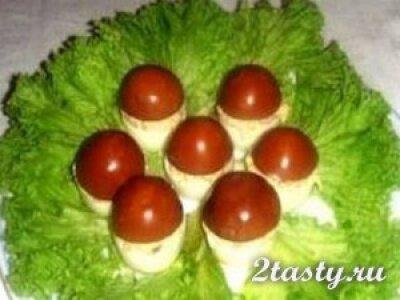 Фото: Закуска из яиц, яблок и пастини