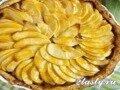 Яблочно-банановый пирог с ромом